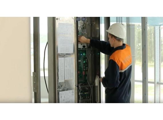 Монтажник электрических подъемников (лифтов)